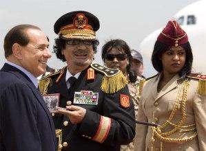 Berlusconi, Gadafi y Ella